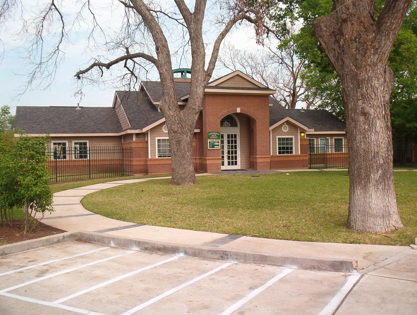 University Club Apartments Waco Tx